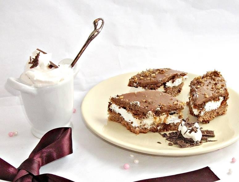 Prajitura-cu-nuci-caramel-si-ciocolata