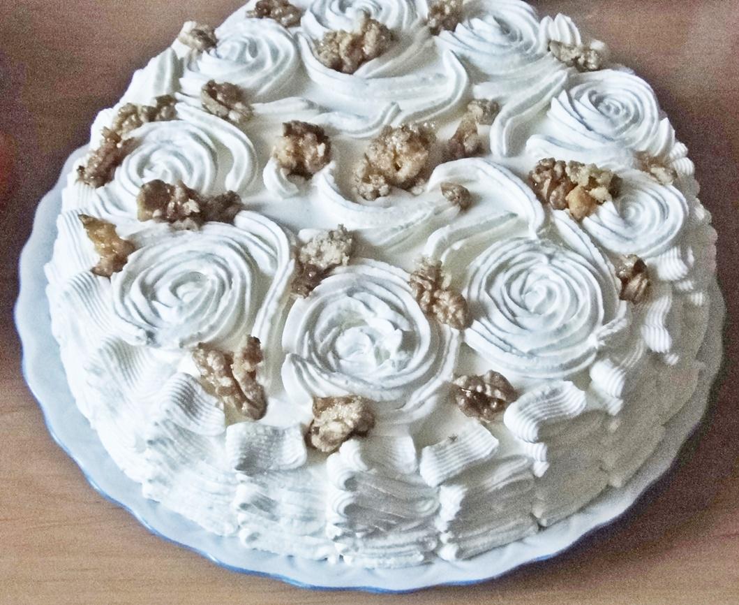 tort-cu-nuca-si-vanilie