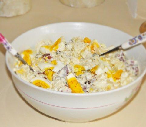 salata-calda-cu-maioneza