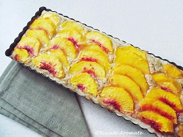 Tarta cu piersici si crema frangipane (4)