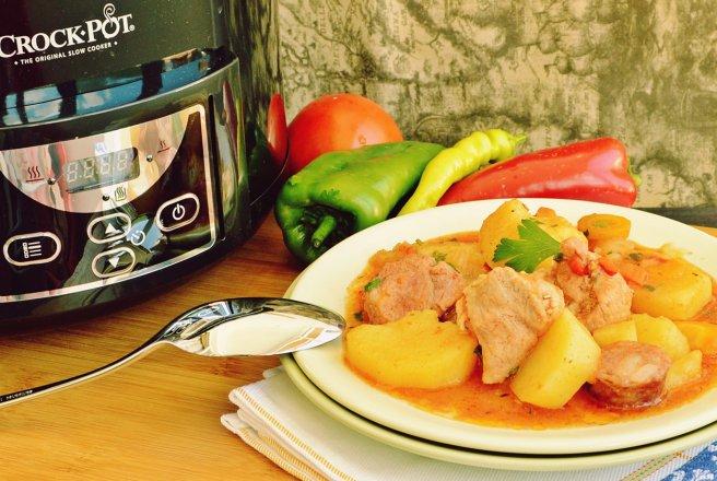 656x440_gulas-de-porc-la-slow-cooker-crock-pot-398254