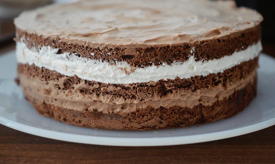 tort-de-ciocolata