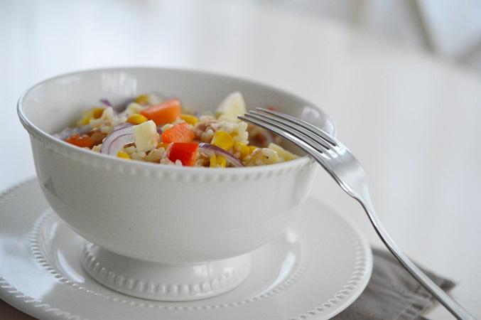 Salata de prez cu ton si legume