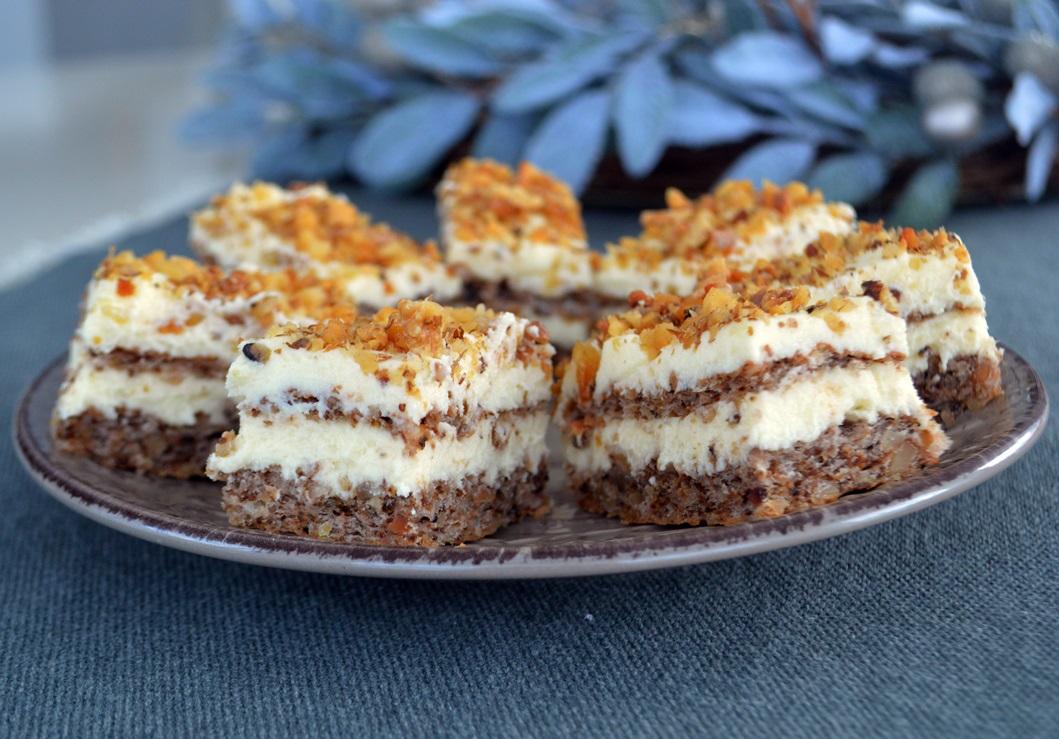 prajitura-cu-nuca-si-crema-de-vanilie-1