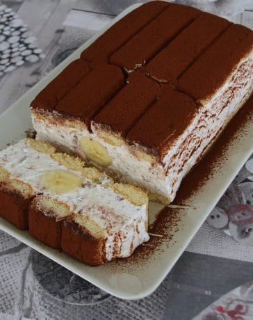 prajitura cu iaurt si banane