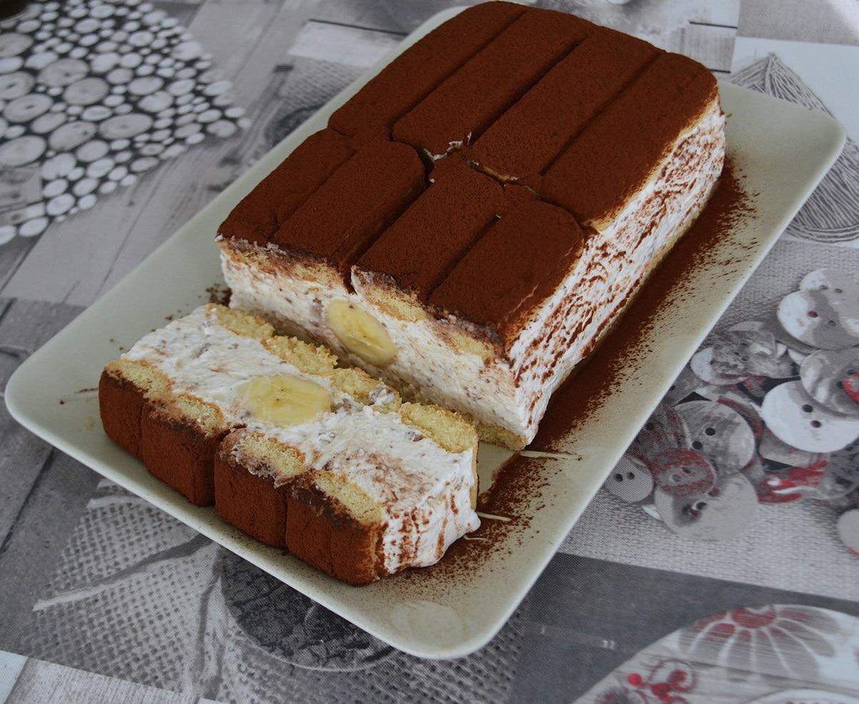 prajitura cu iaurt si banane-1