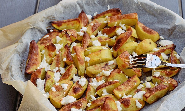 Cartofi la cuptor, cu unt si branza burduf-3