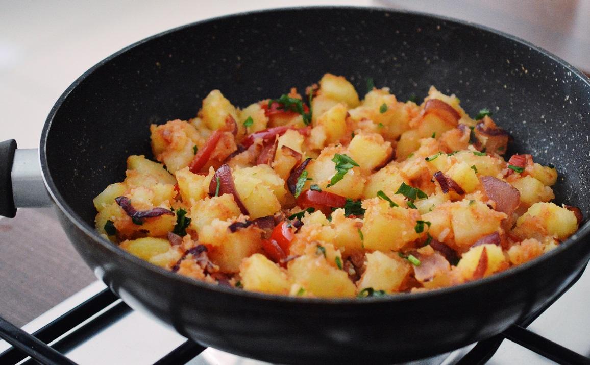 Garnitura de cartofi taranesti