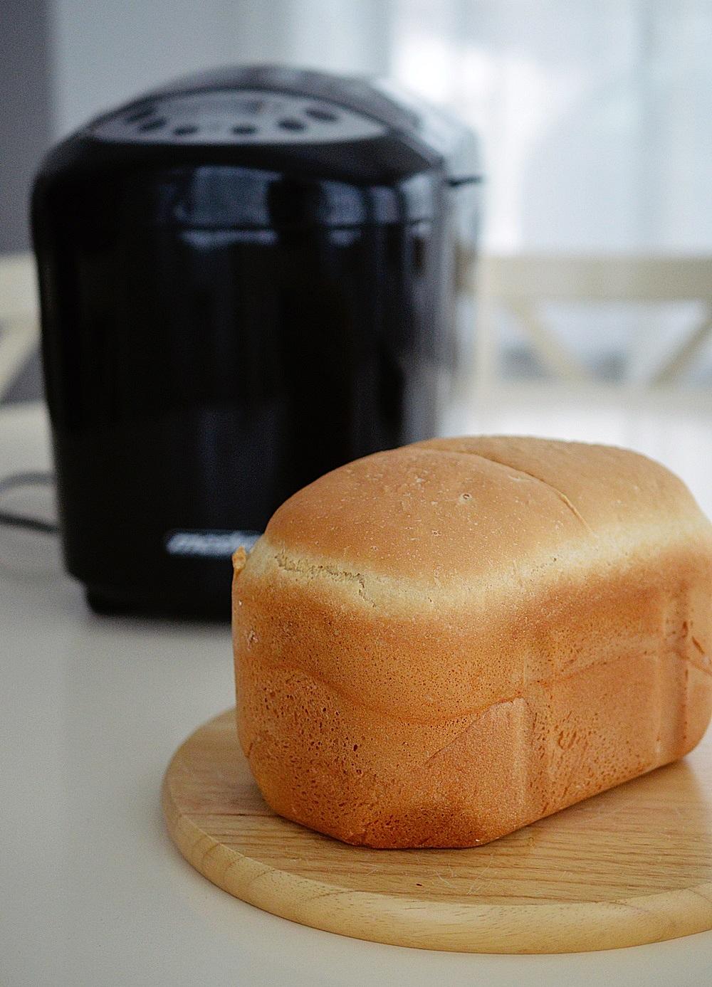 Paine de casa la masina de paine