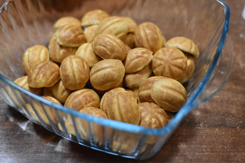 Reteta nuci umplute cu crema de cacao