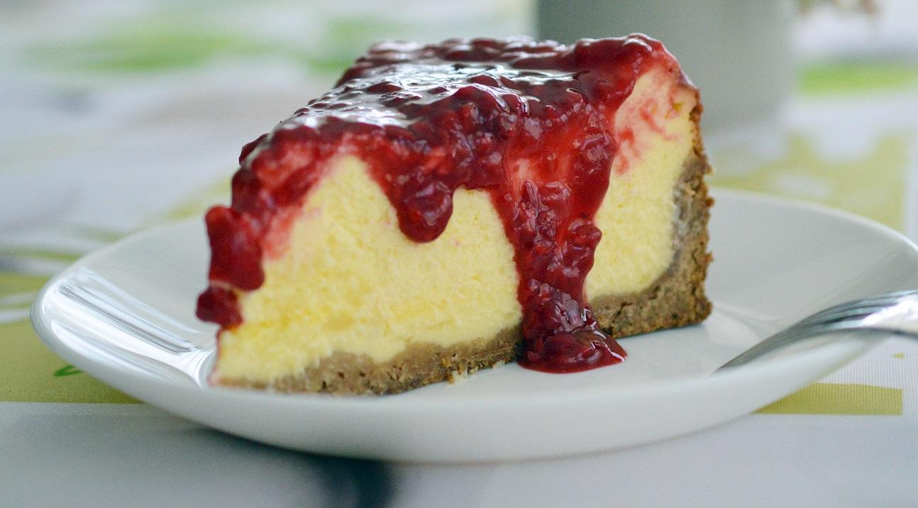 cheesecake-cu-sos-de-zmeura-3